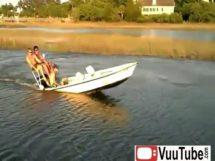 Drunk Rednecks Boating