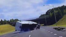 Camper Caravan Fails 2018 thumb25364