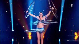 Sexiest Performer – Alla Klyshta – Hula Hoop – Le Plus Grand Cabare Du Monde thumbnail 2