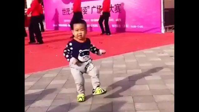 chinese baby dancer thumb1504
